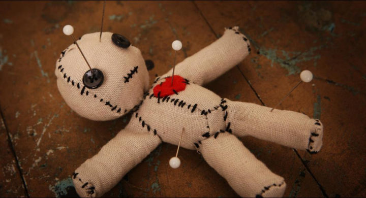 У убитой любовницы Кулакова нашли в квартире куклу Вуду с фото его жены — СМИ